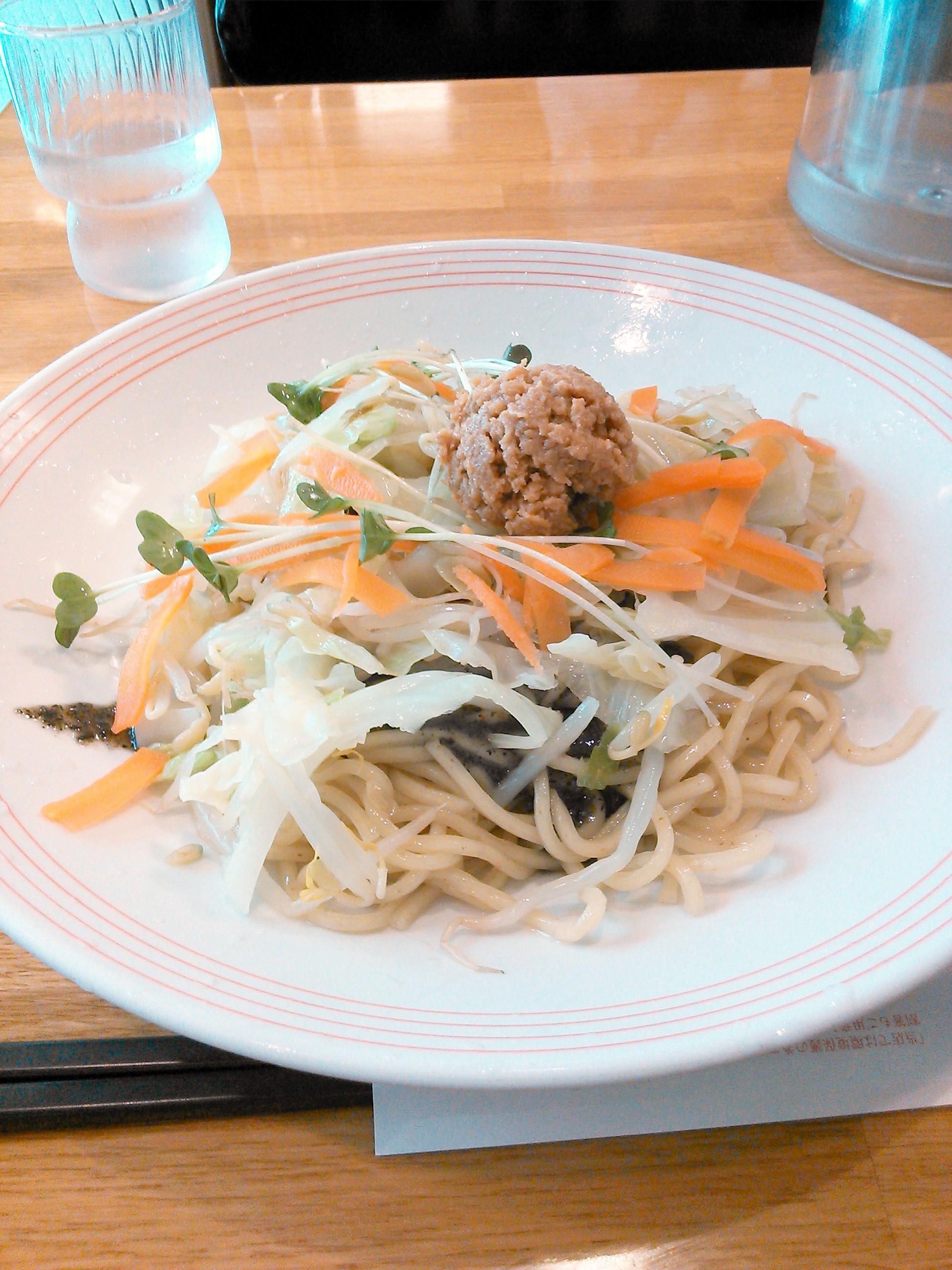 リンガーハット・夏とく冷やし麺(黒酢黒ゴマ)