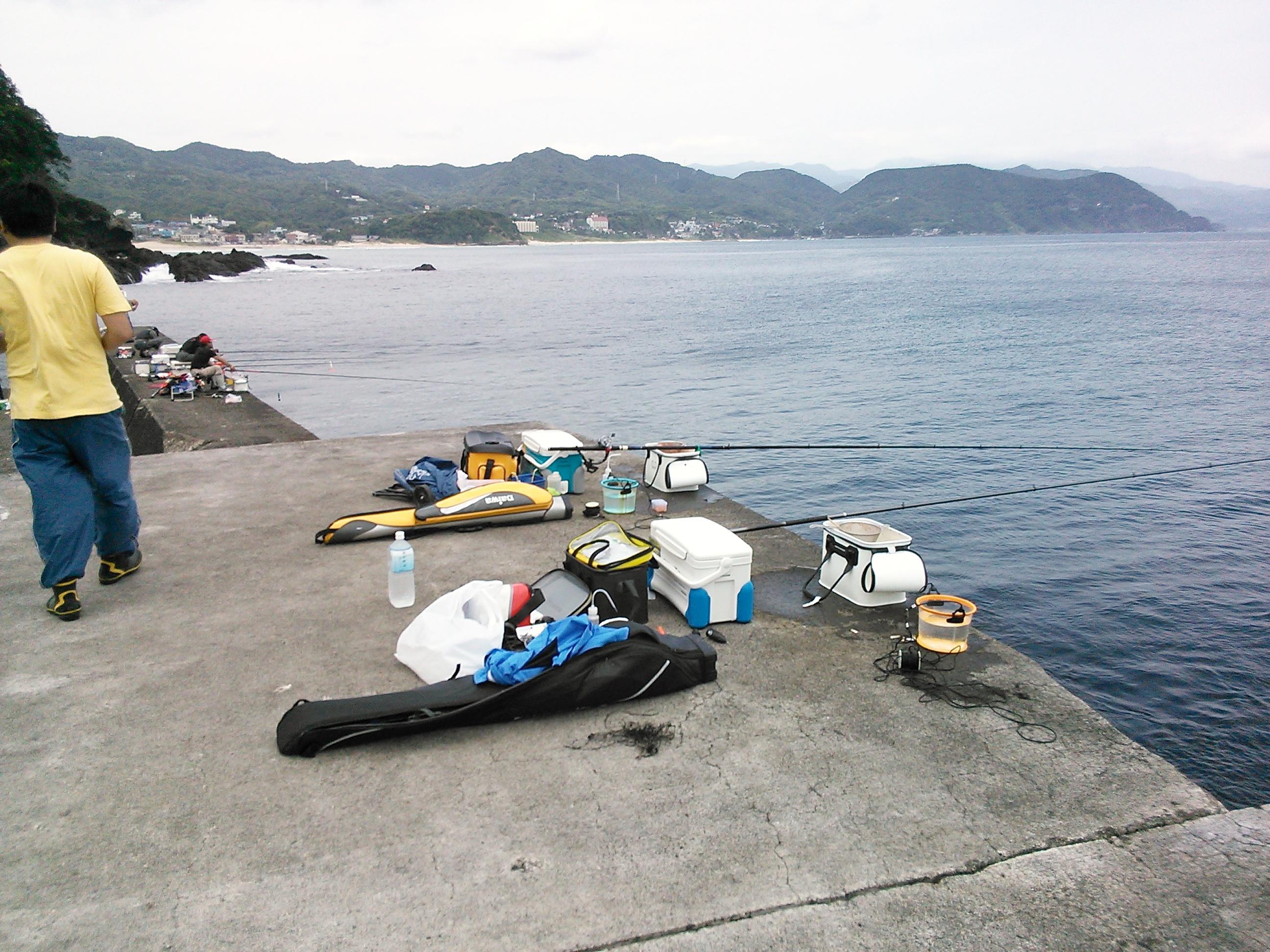 南伊豆・板見港での釣り座