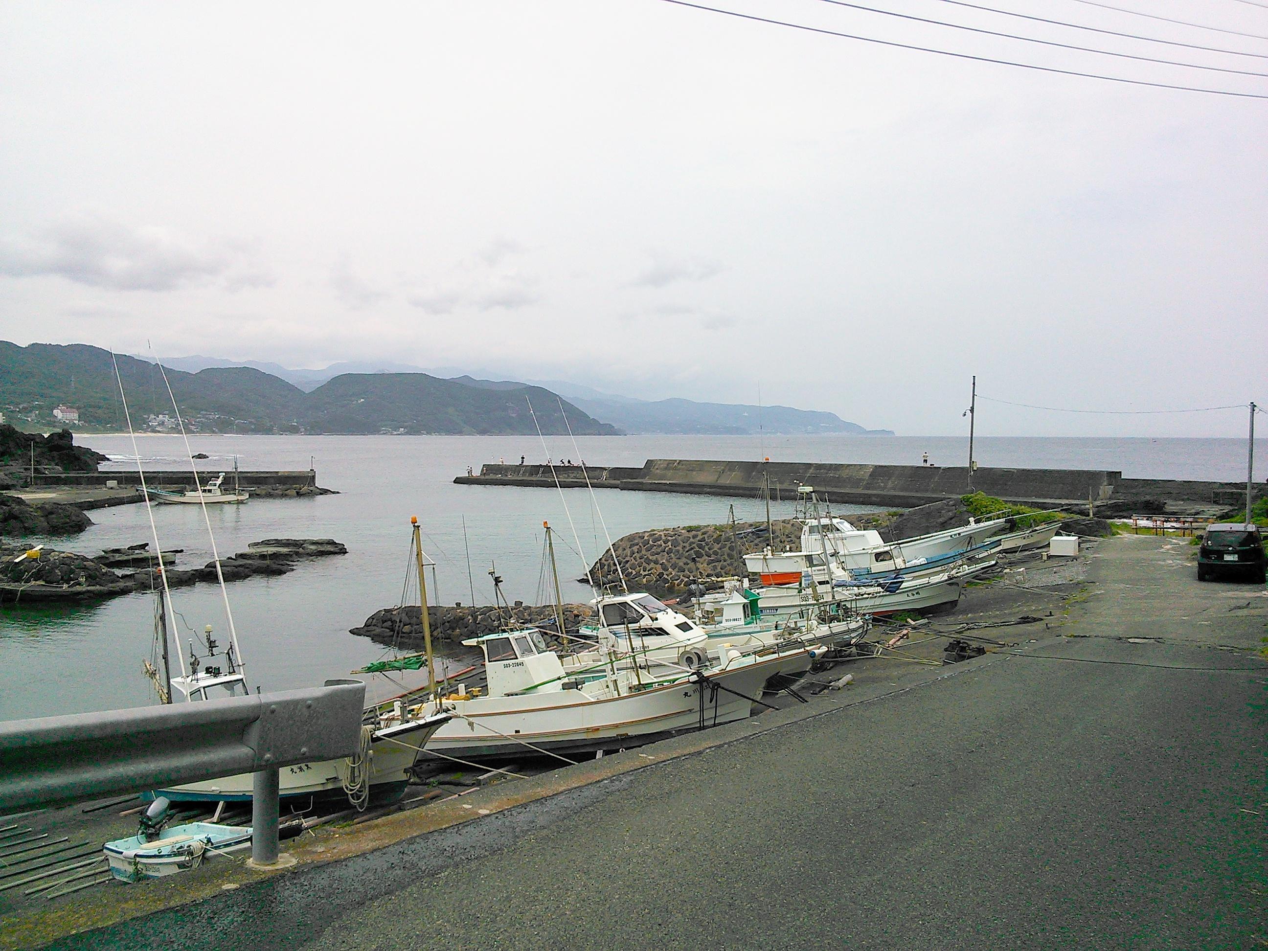 南伊豆・板見港の釣り場風景