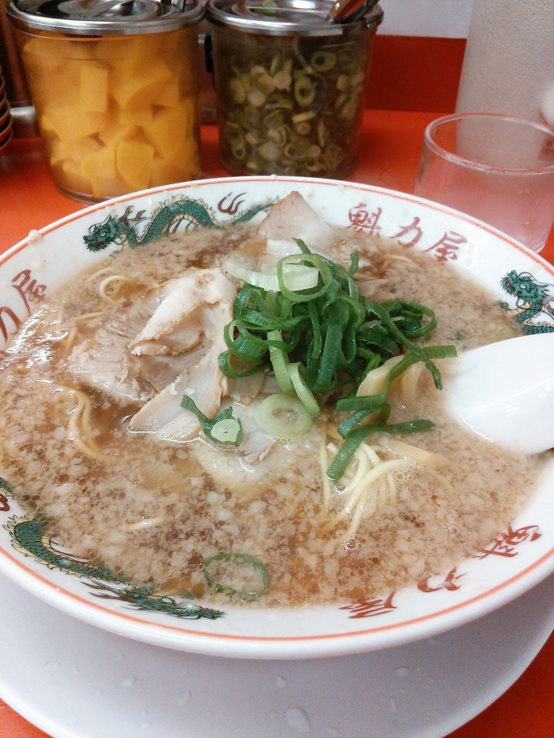 京都北白川元祖背脂醤油ラーメン・魁力屋の特製醤油ラーメン