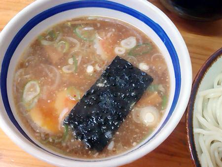 入谷 大勝軒のつけ麺のつけ汁はあっさり系