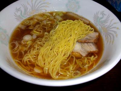 マルちゃんの極細中華麺はツルツルシコシコ