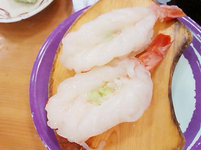 ジャンボおしどり寿司の生のアカエビ