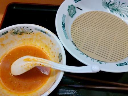 日高屋の塩麹つけ麺・ピリ辛とんこつを完食