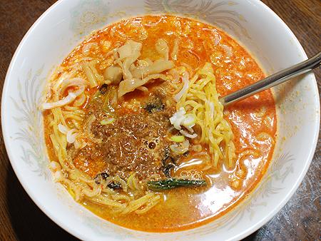日清具多 辣椒担々麺の調理例