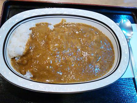 サウナセンター大泉の燻製カレー