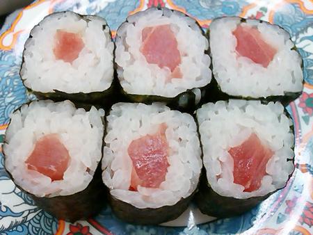 回転寿司たくみの鉄火巻き