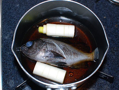 メバルを煮る