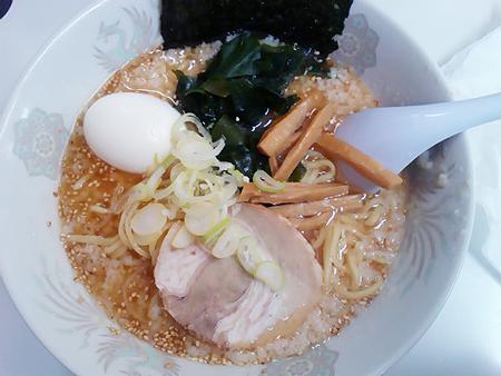龍ちゃんの塩ラーメン(ごま)