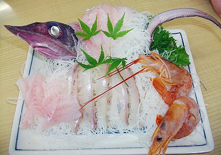 魚重食堂の深海魚刺し身盛り合わせ