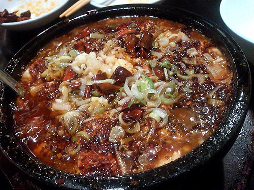 戸塚中華・栄海の四川麻婆豆腐