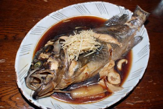 北海道産の活き締めクロソイの姿煮