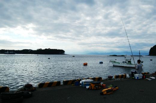 戸田港で両軸遠投カゴ釣り