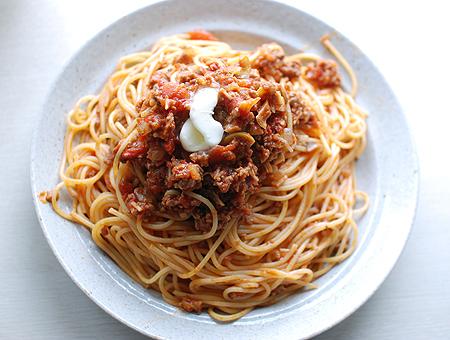 男のパスタはスパゲッティーミートソース